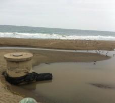 El OEFA interviene en denuncia por disposición inadecuada de aguas residuales domésticas en la playa Venecia de Villa el Salvador