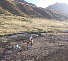 OEFA supervisa derrame de mineral al río Rumichaca en Junín