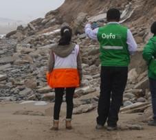 OEFA supervisa la inadecuada disposición de residuos de construcción y demolición en la playa Conchán