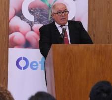 Juez supremo dicta charla a funcionarios del OEFA