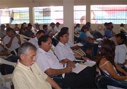 Más de 180 representantes de entidades públicas y privadas se dieron cita en el evento.