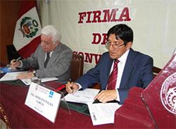 El Presidente del OEFA y el Director Ejecutivo
