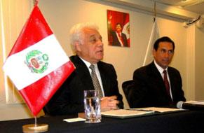 Los Presidentes del OEFA y del GORE Lima dan a conocer los alcances del acuerdo suscrito.