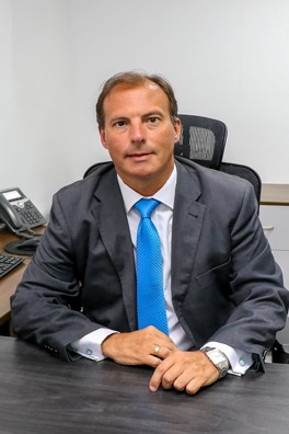 Hebert Eduardo Tassano Velaochaga