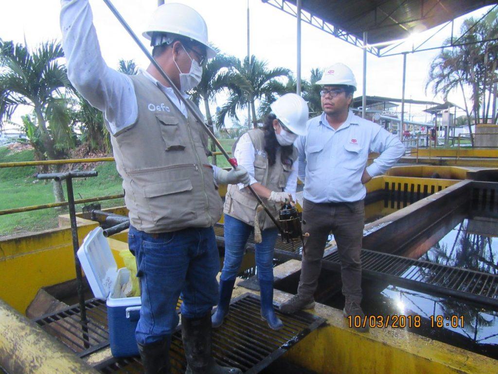 OEFA supervisa derrame de petróleo en Punchana Loreto