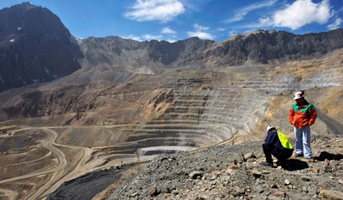 Charla Educativa Sobre Fiscalización Ambiental en el Sector Minería